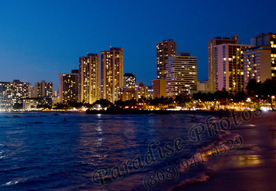 Waikiki Beach at Night 031912rw lt 2213