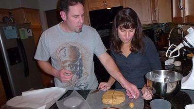 Doug showing Diane how to eyeball the weight....