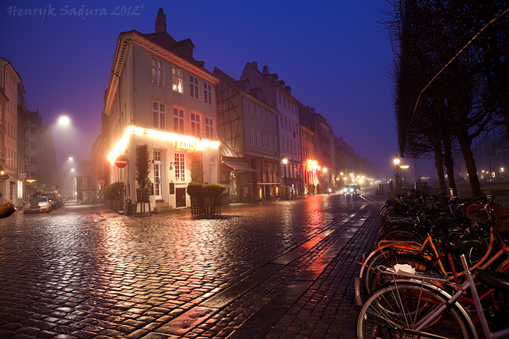 Foggy winter morning - Nyhavn, Copenhagen, Denmark