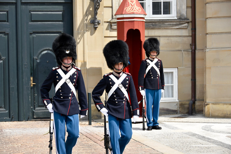 Changing of the Guard at Royal Palace