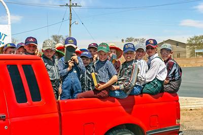 Mennonite Farm Children