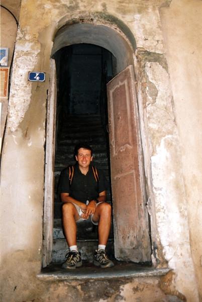 Portal en Bonifaccio, esta claro que aqui solo viven delgados