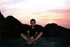 Puesta de sol sobre las cimas de Corcega. La noche la pasamos aqui, uno de los recuerdos imborrables