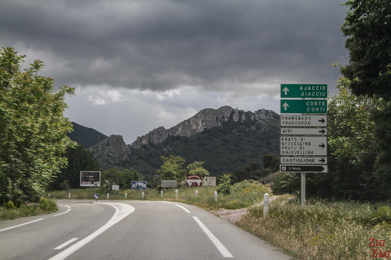 Driving rules Corsica - road signs 2
