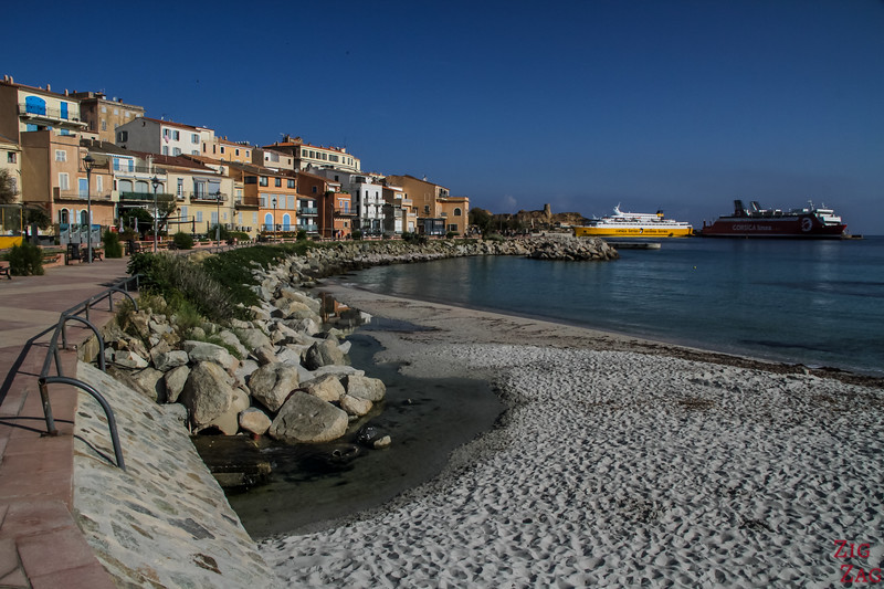 Ile Rousse Strand - in der Stadt 2