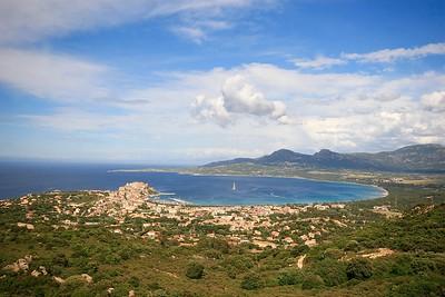 De kustlijn van Calvi. Corsica, Frankrijk.