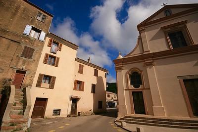 Het kerkje van Piana. Corsica, Frankrijk.