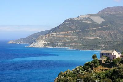 De kustlijn van Cap Corse. Corsica, Frankrijk.
