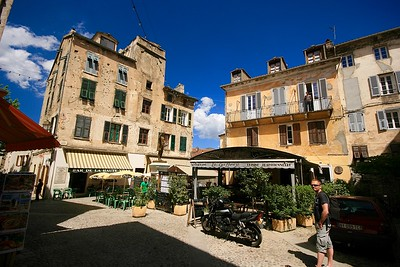 Place Gaffori. Corte, Corsica, Frankrijk.