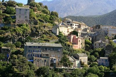 Panorama van Nonza, Cap Corse. Corsica, Frankrijk.