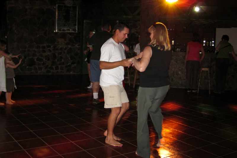 Another night of dance with Sammy.<br /> <br /> 159-IMG_9013