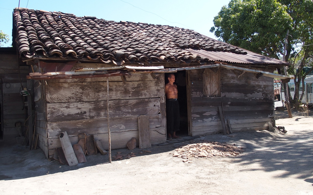 Francisco's traditional house - where he was born 86 years ago. A highlight of our trip was visiting with Francisco Garcia, one of the last Costa Ricans who lives in the old style, described as 'piso del terra' - earthen floor.