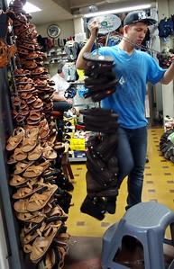 Preparing to open a zapateria (shoe store) in San Jose
