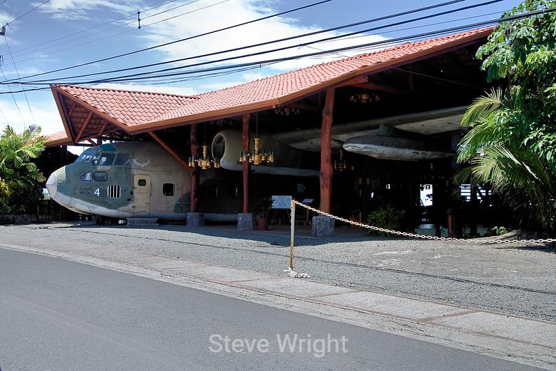 Airplane Restaurant - Costa Rica (1)
