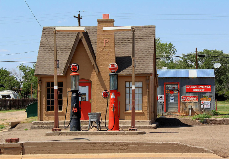Beautiful gas station in Turkey, Texas, late May 2012.