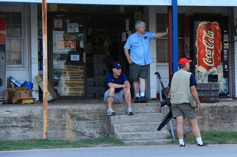 Wayne Wendel talking to locals in Anderson, Tx. July 1, 2011