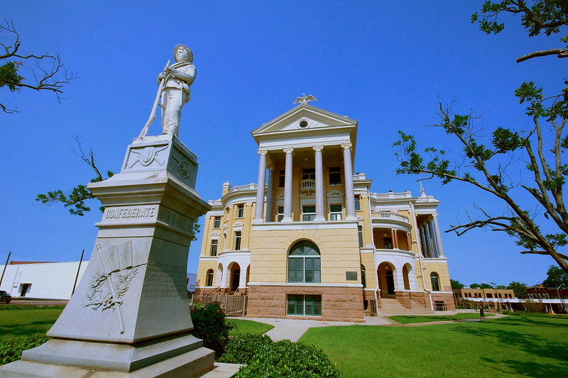 Marshall, Texas, Marshall County Courthouse, July 11, 2011