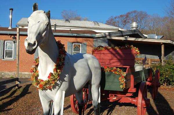 Horse statue at the Bidwell Tavern.