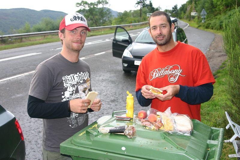 Loch Ness lunch stop