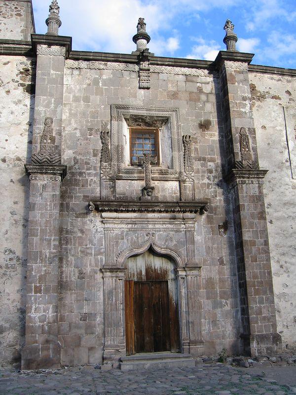 Colonial portillo