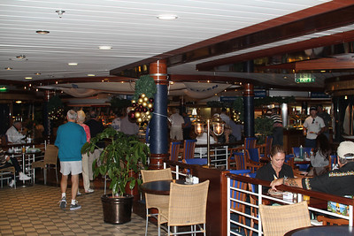 Windjammer Cafe - the casual place to eat on board