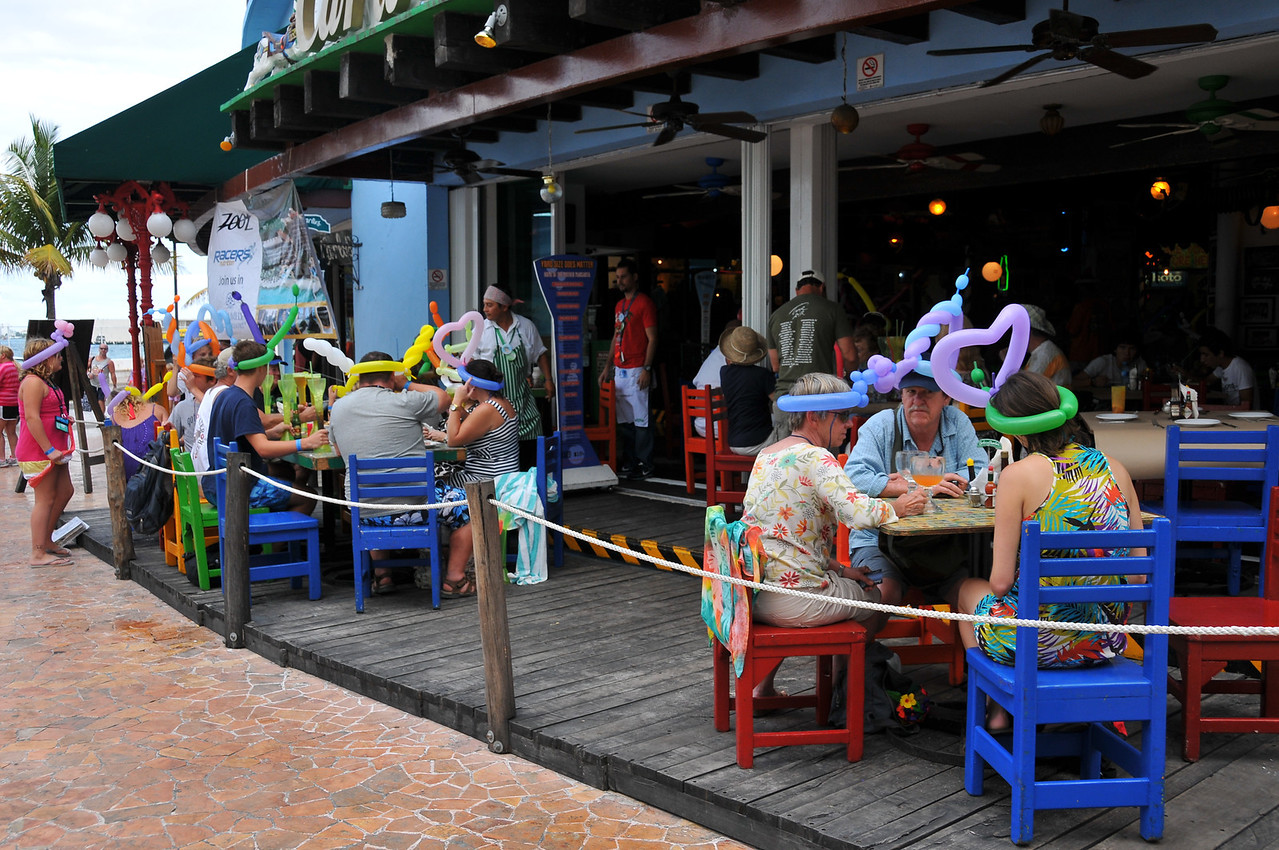 Senor Frogs, Cozumel, November 2012