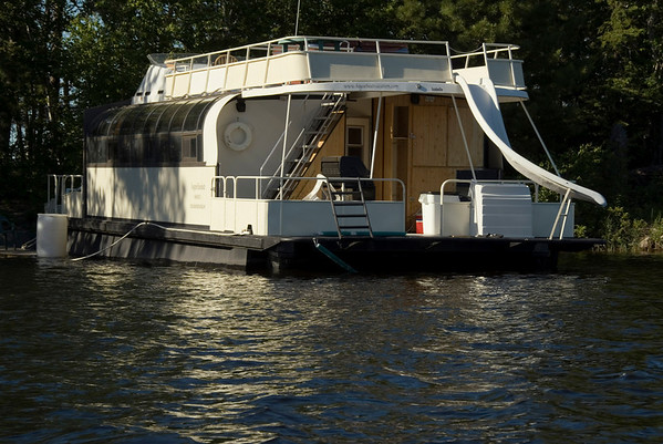 Crane Lake Houseboat Adventure ;-)