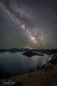 Milky way at Crater Lake - with Shooting Star