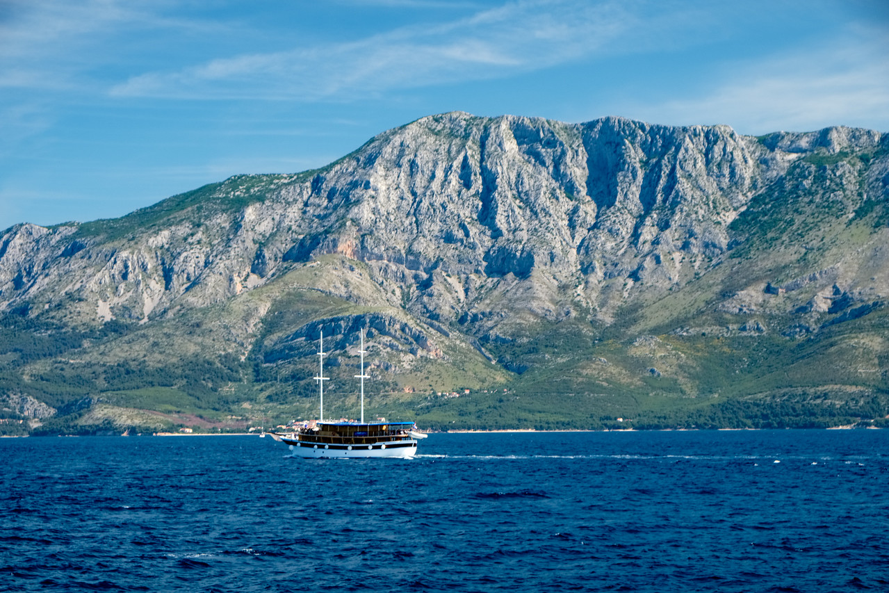 A sister ship sailing from Korcula to Brac.