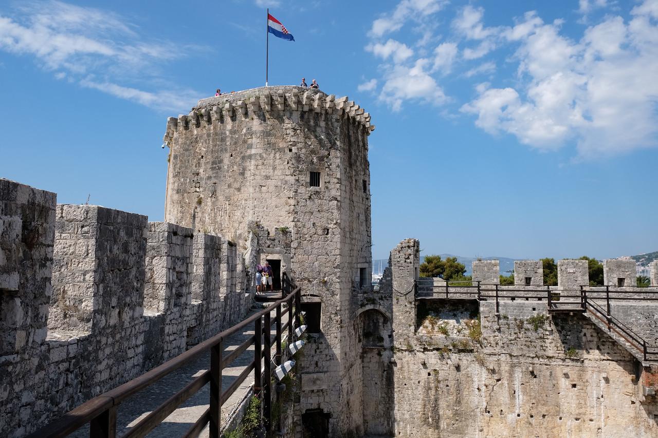 Kamerlengo Castle