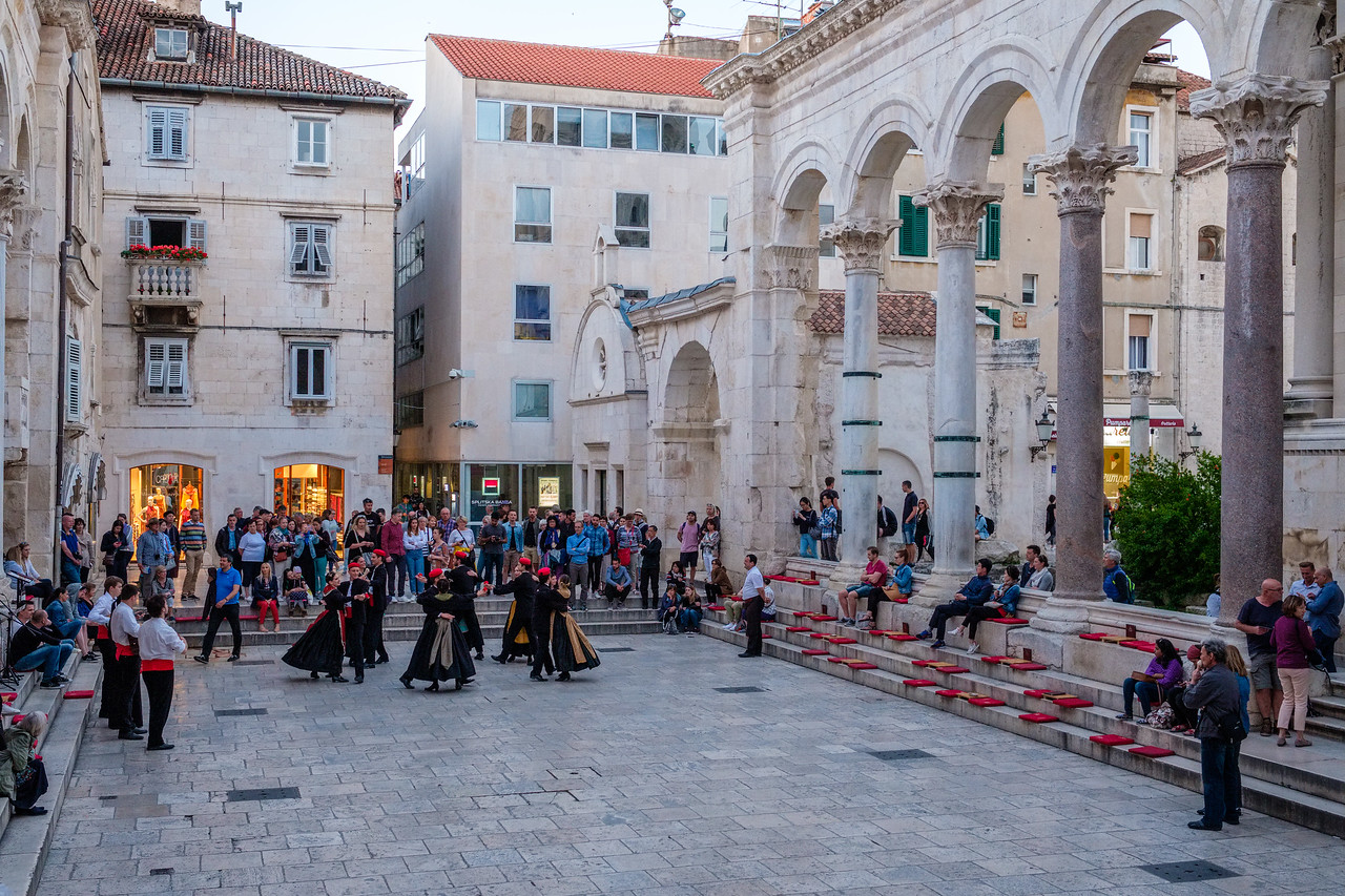 Dancers in Diocletian's Palace