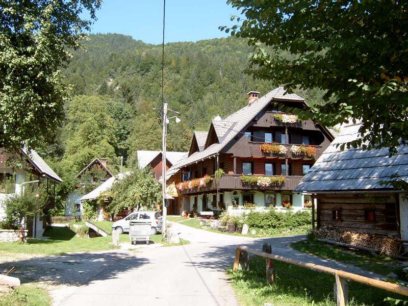 Bohinj-Lake-and-Village01
