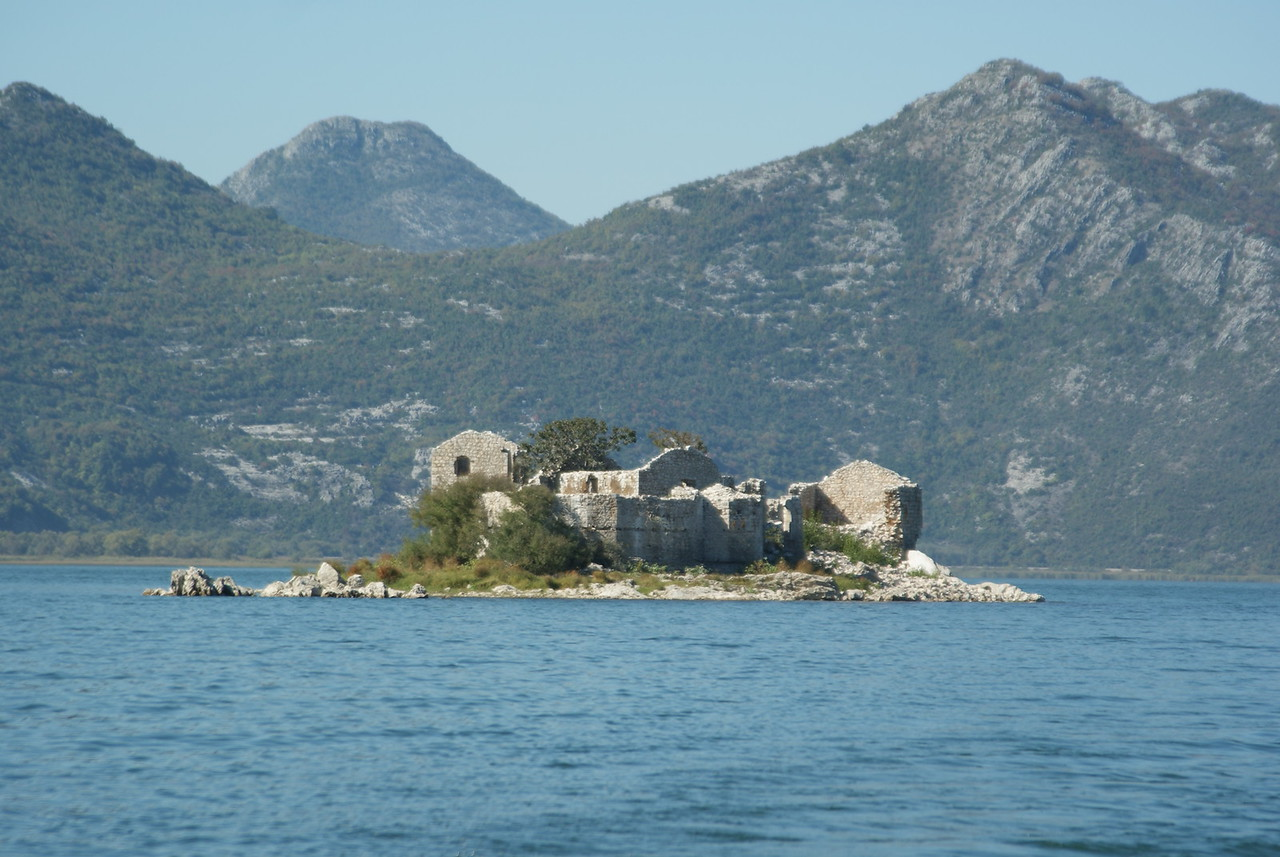 There's a tiny island on the lake that was an old turkish prison in the 15th century.