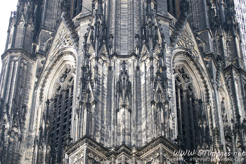 A corner view of one of the spires. I just love the symmetry