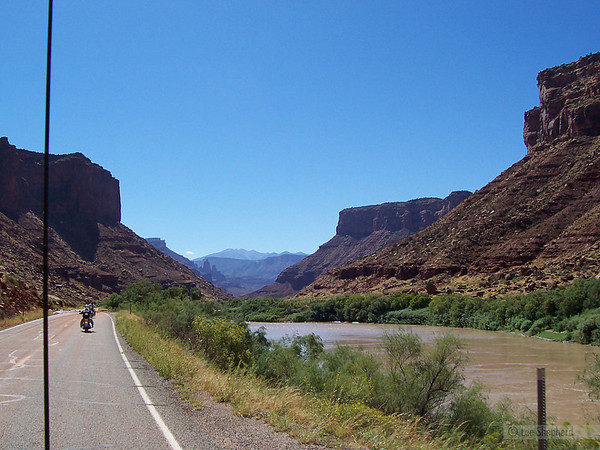 Taking the scenic way to Moab.