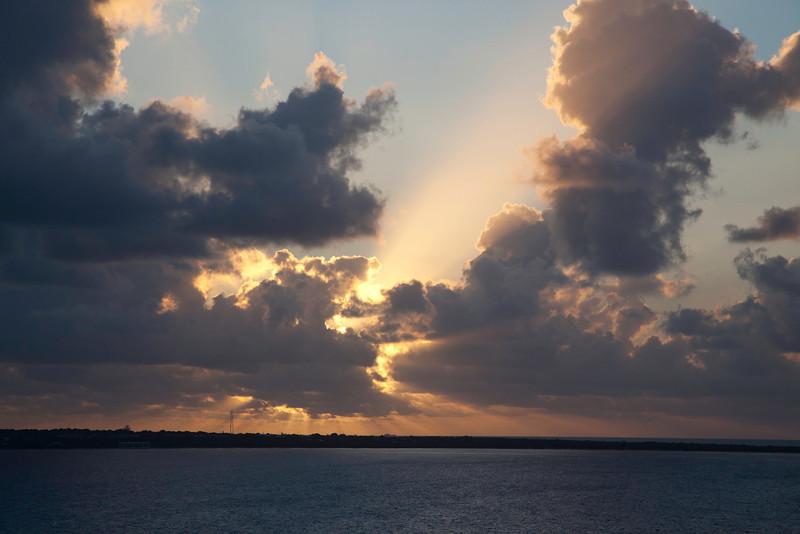 DAY Cruise 2012-206-1
