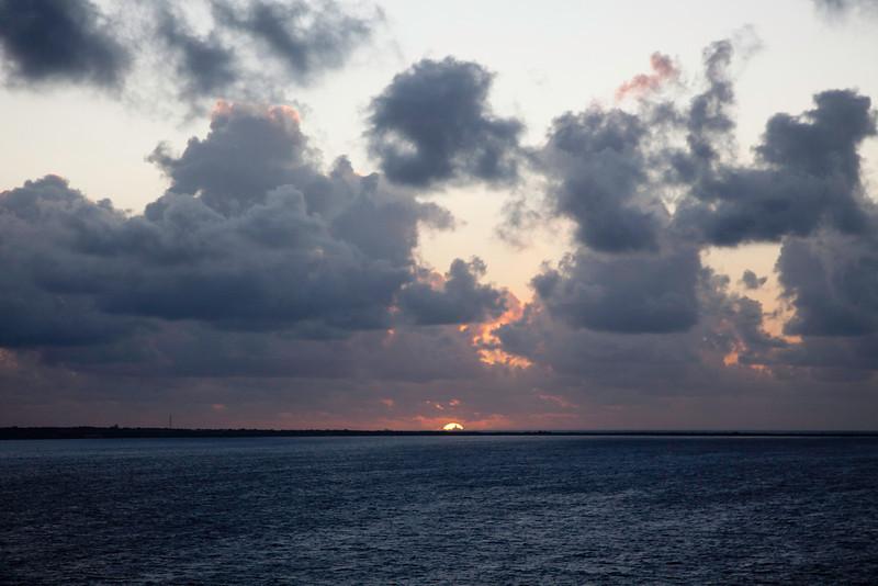 DAY Cruise 2012-195-1