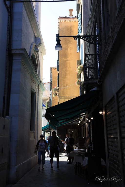 San Marco is full of little alleyways with shops, restaurants and even hotels...