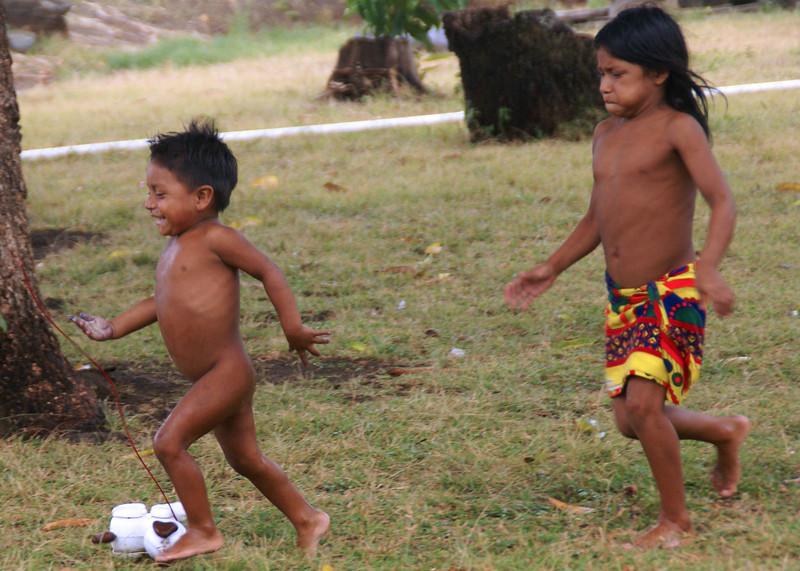 Embera children playing