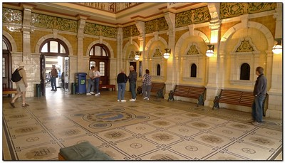 Lobby of Dunedin Train Station (109292715)