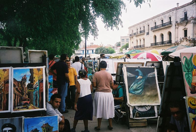 Arts & Crafts Fair held daily in Havana