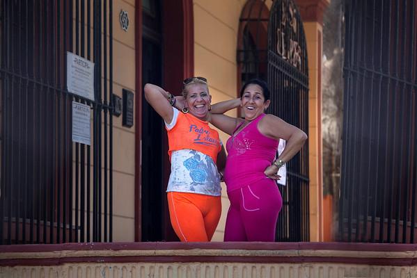 Cuban People - Color