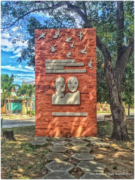 Monument to Julius and Ethel Rosenberg in Havana
