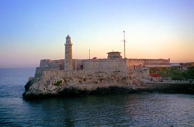 Castillo del Morro guards the entrance to the Bay of Havana - February 1999
