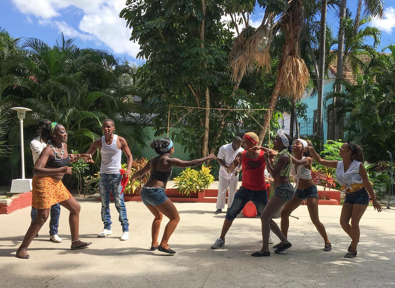 Dance ensemble, African Heritage Institute, Santiago de Cuba