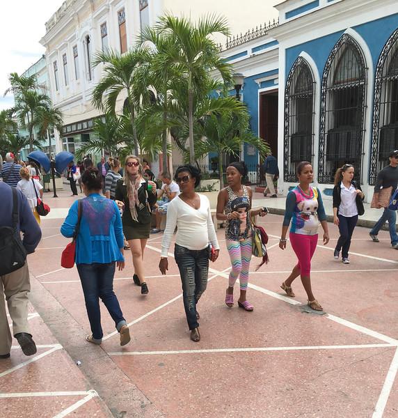 Shoppers, Cienfuegos