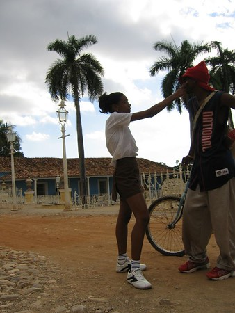 Yound school girl slaps young man in Trinidad, Cuba