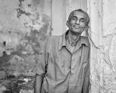 friendly security guy at a building site, Havana