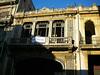 Butun Havana Vieja bu tur bakimsiz kalmis binalarla dolu. Turizmin gelismesi ile bunlar da yavas  yavas restore ediliyorlar. Maleconda genel goruntu icler acisi.