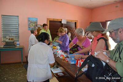 Donations for the clinic in Isabel, Cuba - April 8,2016
